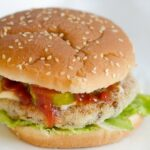 Burger warzywno - ryzowy