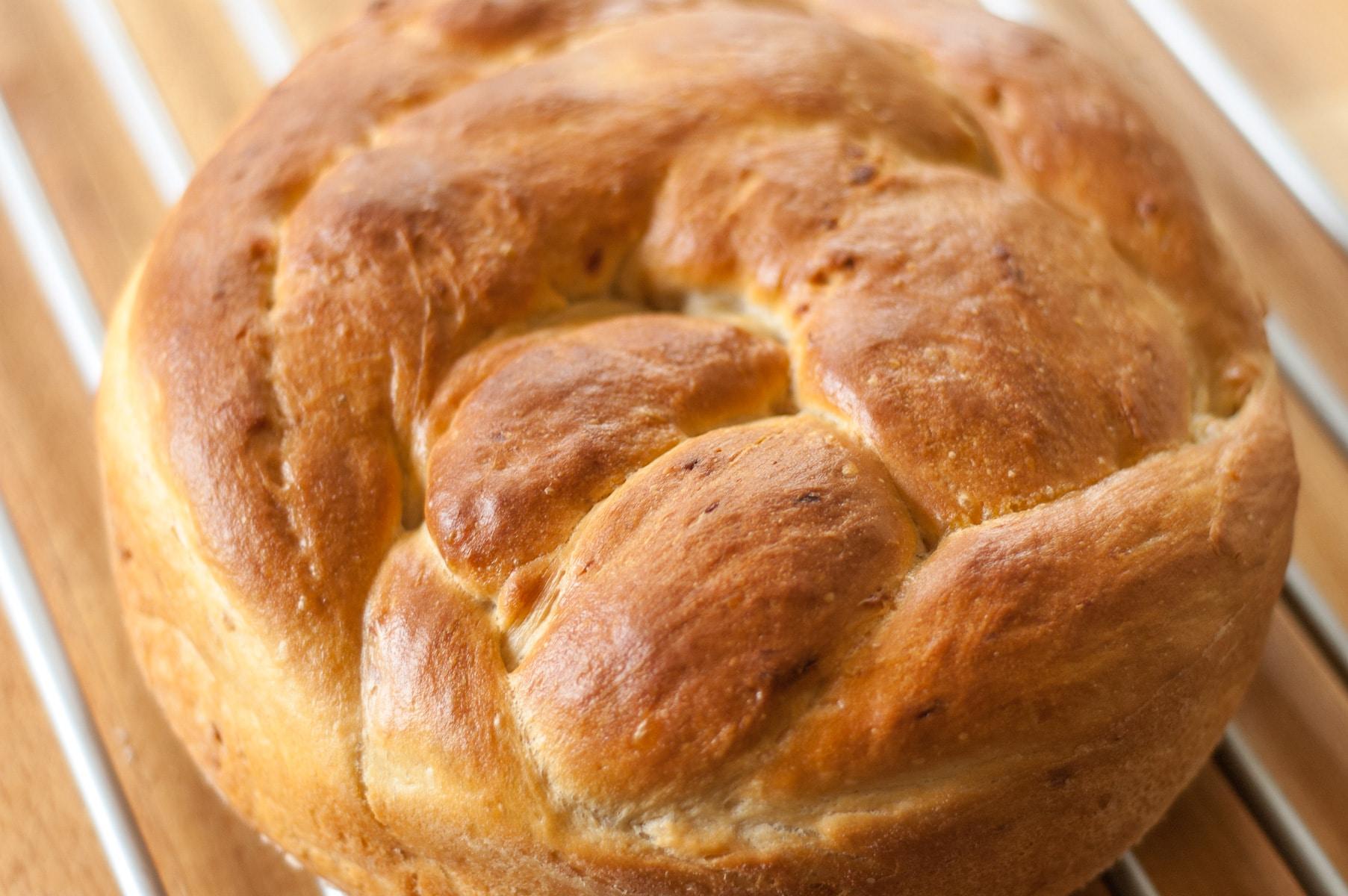 Rumiany bochenek chleba