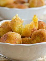 arancini smakowite złociste kuleczki wypełnione serem
