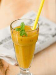 Smoothie z mango i gruszką