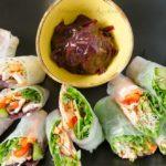 Spring rolls z łososiem