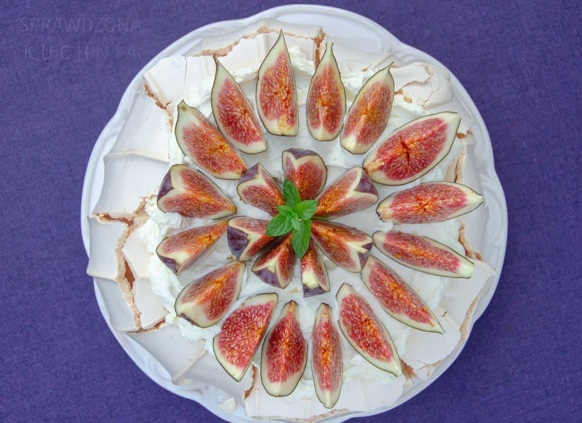 pavlova z figami