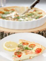 tarta z lososiem i mozarella