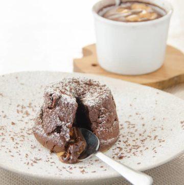 wilgotne ciastko czekoladowe