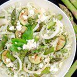 Makaron, szparagi i pesto