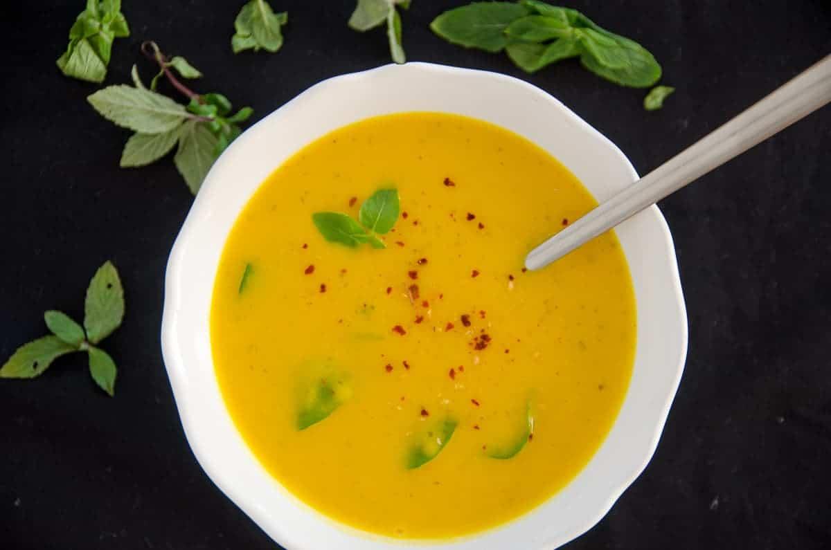 Zupa dyniowa z mieta