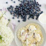 pierogi z borowkami i serem