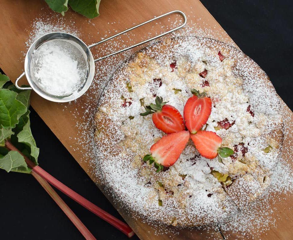 ciasto z rabarbarem i imbirem