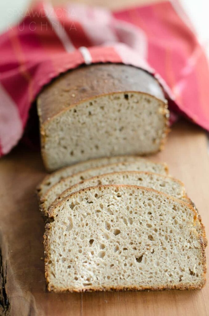 chleb zytni razowy