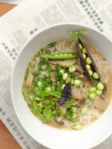 zupa tajska z groszkiem