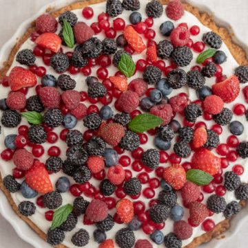 tarta z mascarpone i owocami